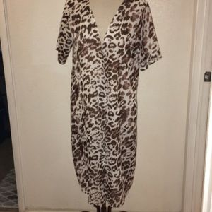 Leopard print lightweight coverup / kimono brown
